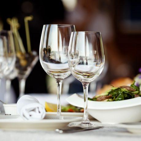 wine-glasses-set-table-formal